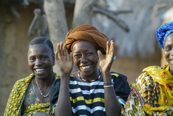 Dakar_2006_african_women